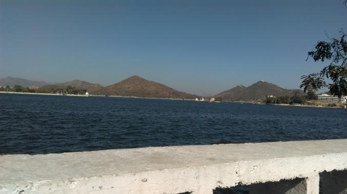 Fateh Sagar Lake with Nehru Garden at the Center